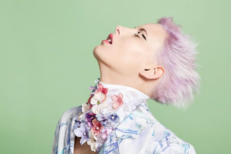 icono Collection 2017 Trends Hairfashion Short hair Light Pink Root Shading