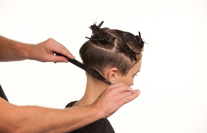 Haircut Seminar economical cut icono Academy Berlin