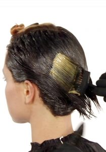 Ausbildung Friseur Berlin icono Haarfarbe Step3