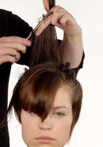 Ausbildung Friseur Berlin icono Haarschnitt Step6