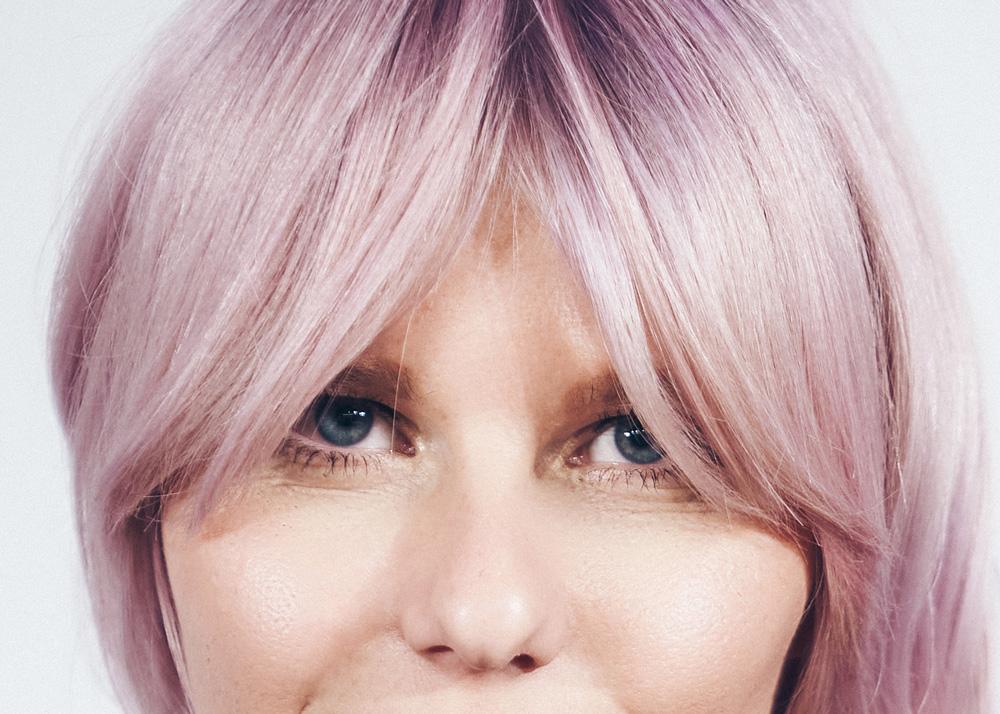 Trendfrisuren Curtain Bangs Light Pink Cotton Candy