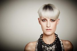 Silver Hair Root Shading icono Hair Fashion