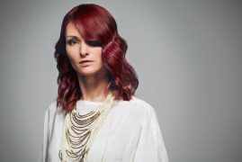 Hollywood Waves rote Haare