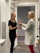 Mitarbeiterwohnung Friseur Berlin icono WG-Zimmer Schlüsselübergabe